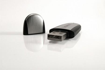 USBメモリで削除してしまった写真を復元する場合に注意すること