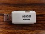 TOSHIBA/USBメモリ16GB